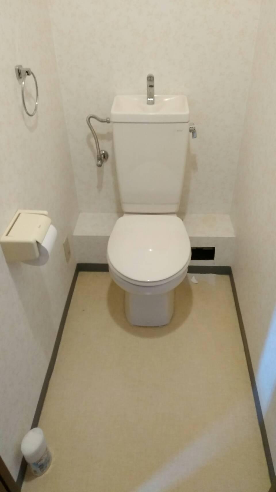 池田市石橋トイレ取替え 隠してスッキリ!収納付トイレ!