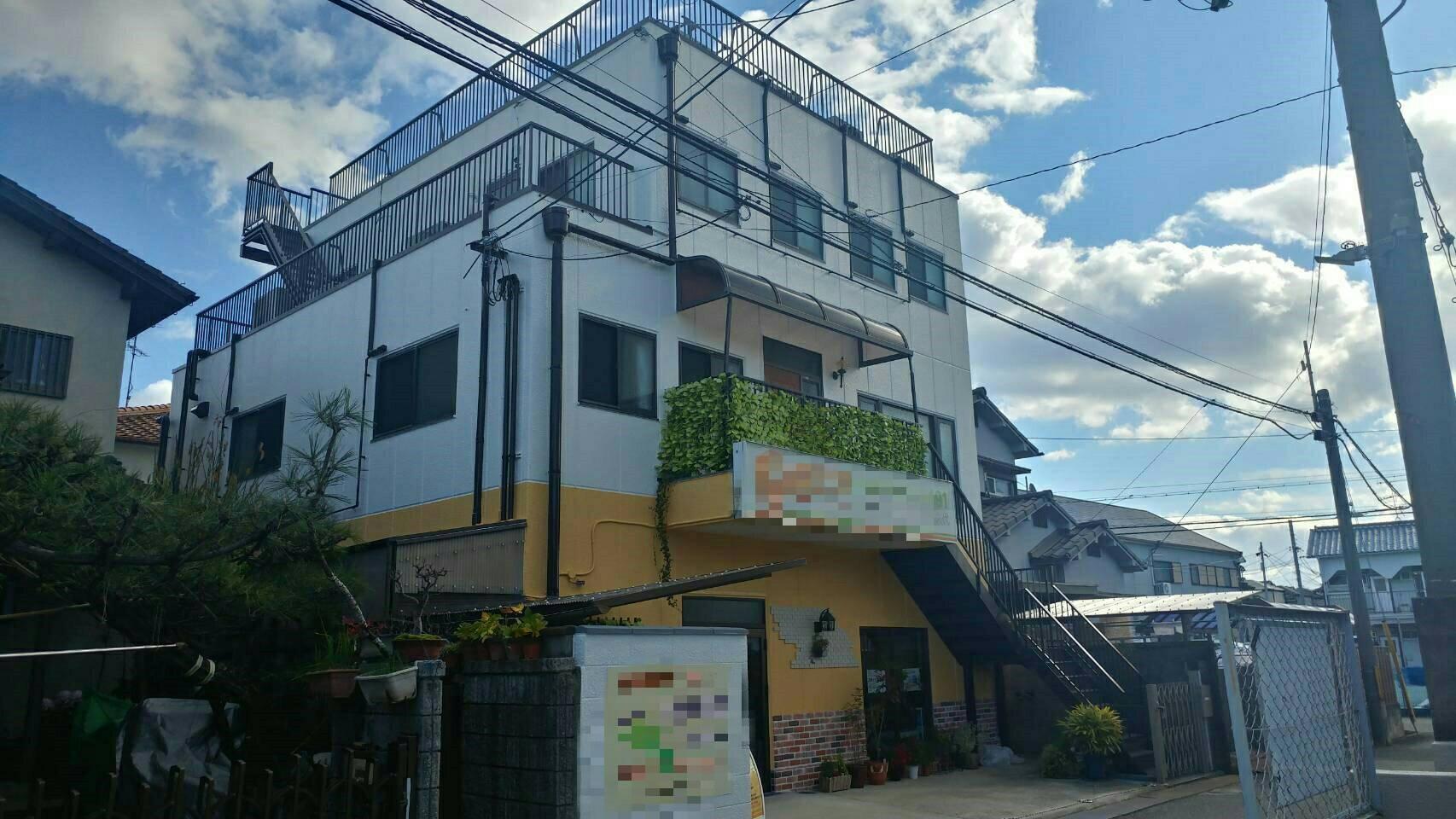 【川西市久代】雨漏れ発生!外壁塗装リフォームで解決!