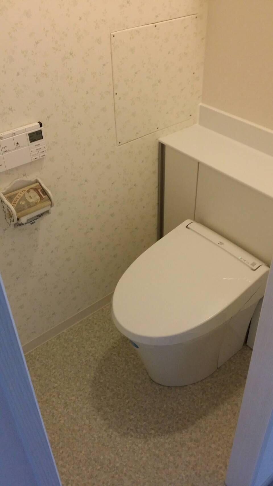 川西市多田 クロス貼替え工事 お部屋の雰囲気をガラッと変える輸入壁紙!